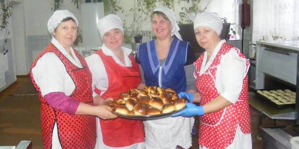 Ivankivska hromada started baking marvellous pastry for its schoolchildren
