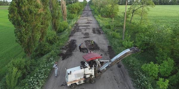 AHs are ready to take over road repair powers. Example of Kherson Oblast