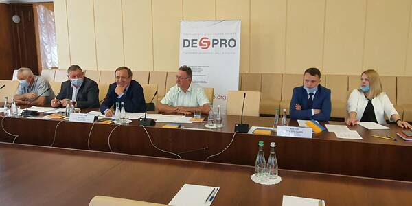 From an open discussion in the Zhytomyr region: both the local self-government and the executive authorities are of equal significance for a powerful statehood