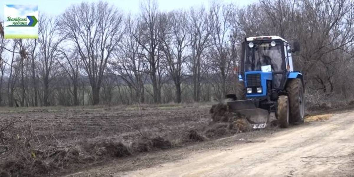 Villages of Konoplyanska AH received new utility machinery at cost of almost UAH two million