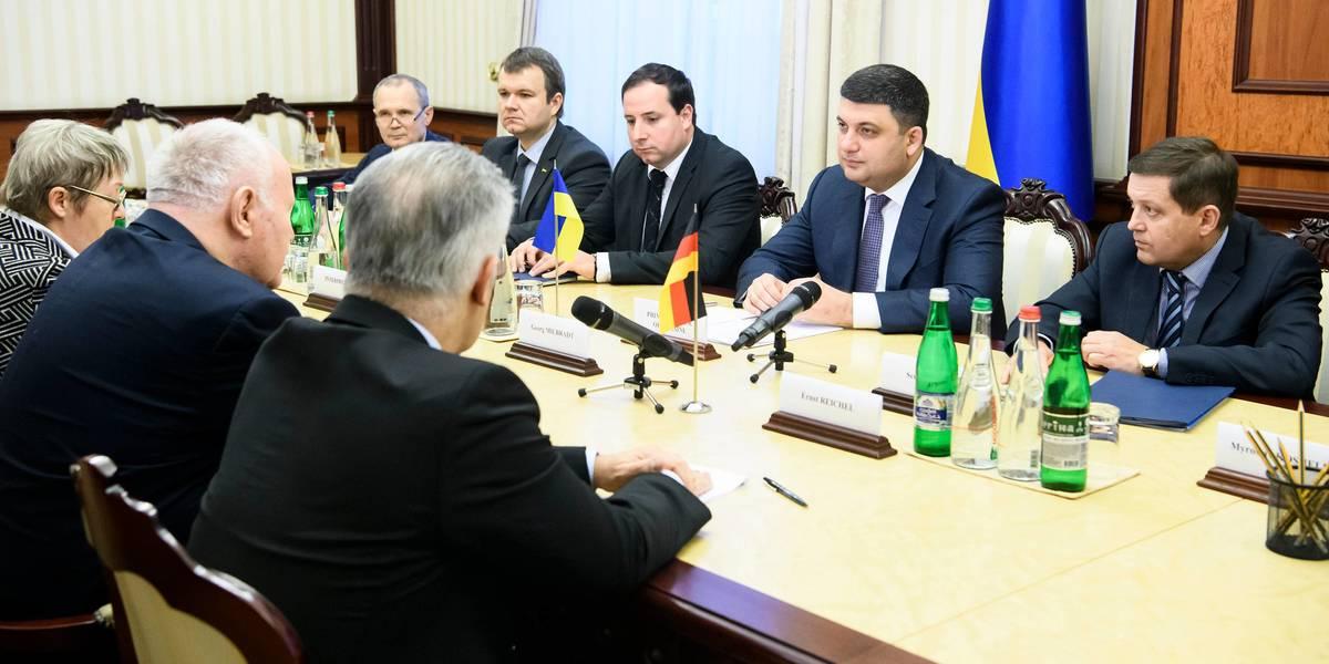 Прем'єр-міністр: Децентралізація залишається пріоритетом Уряду, на часі - посилення відповідальності регіонів