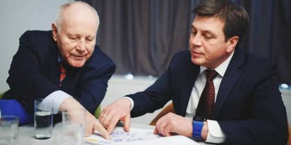"""New map of Ukraine will need to be created"": Georg Milbradt and Hennadii Zubko uncovered administrative reform plans"