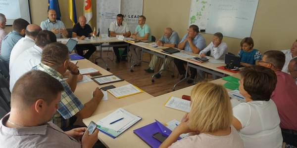 Heads of AHs in Rivne Oblast ask oblast authorities to initiate tax law amendments