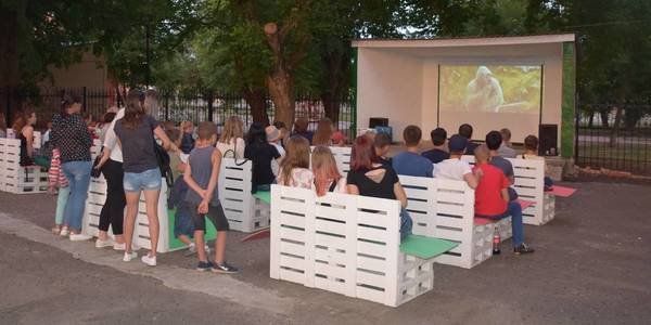 Open air movie paradise. Know-how of Bashtanska AH