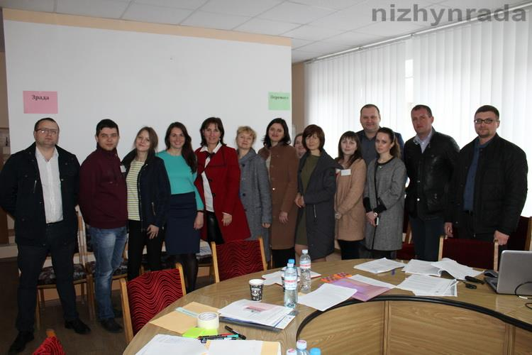 How Nizhyn AH involves the residents to the public activity and counteracts corruption