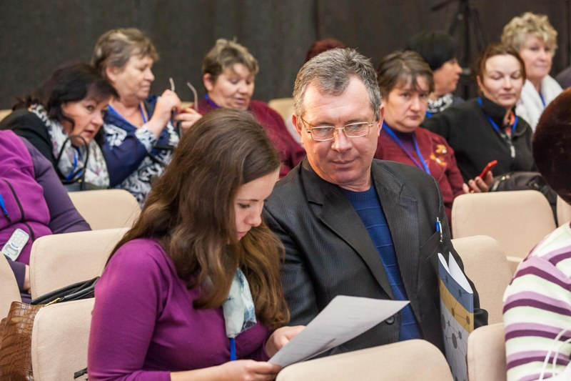 DESPRO debates increased number of supporters of hromadas' amalgamation in Krasnokutsk Rayon
