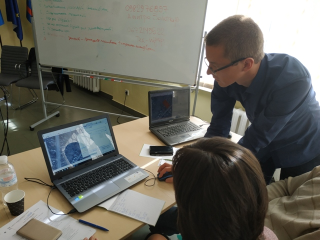 Land surveyors of AHs in Vinnytsia Oblast learned to manage resources using Digital