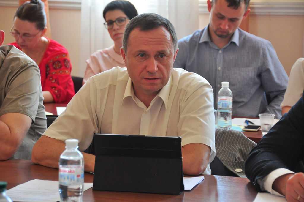 By local elections we must clearly distinguish powers of state authorities and local self-government bodies, - Vyacheslav Nehoda