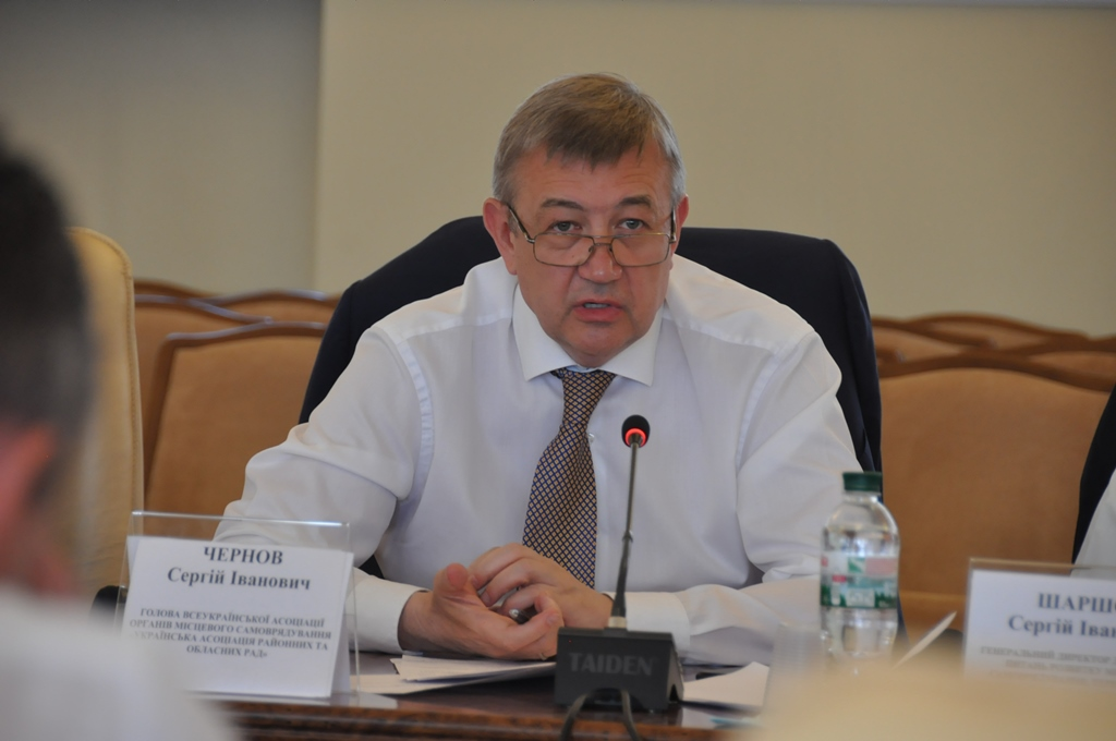 Decentralisation and differentiation of powers between state and local self-government bodies must be carried out prior to amendments to the Constitution, - Vyacheslav Nehoda